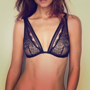Victoria Secret Chantilly Bra ❤️